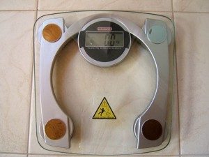 Natural remedies or medications: Which is better for weight loss?