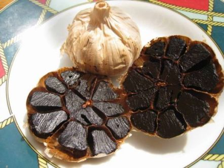 black garlic properties