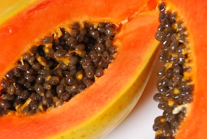 Remedy of papaya for losing weight with fatty liver